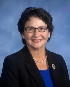 Cutter Pauline Russo